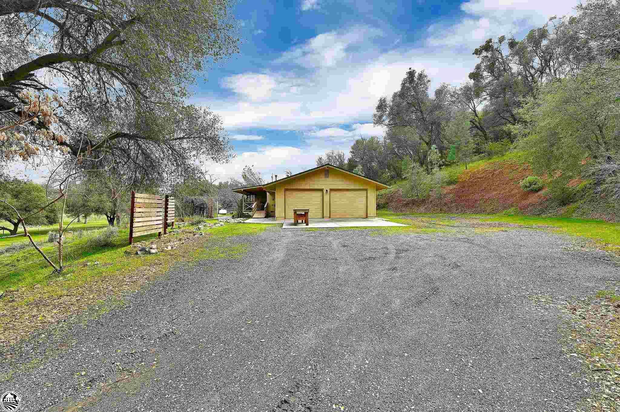 Property Photo 37