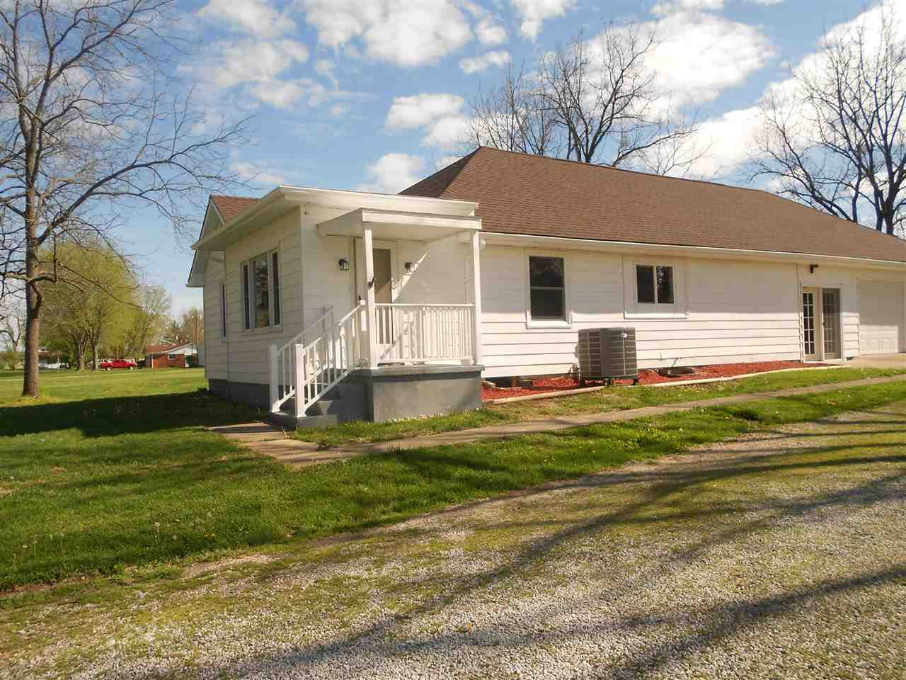 16610 S Universal, CLINTON, 47842, IN