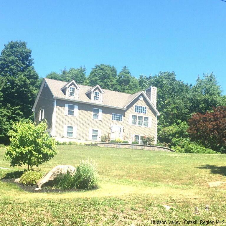 Single Family Home for Sale at 3 Quaker Street 3 Quaker Street Plattekill, New York 12658 United States