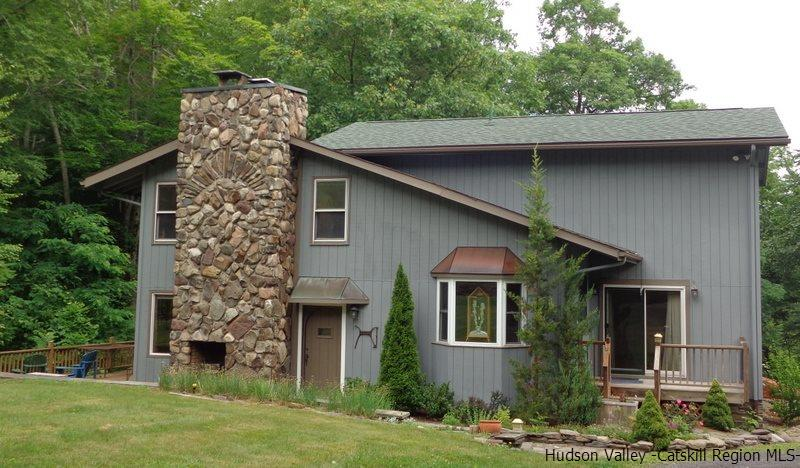 5541 State Route 28, Phoenicia, NY 12464
