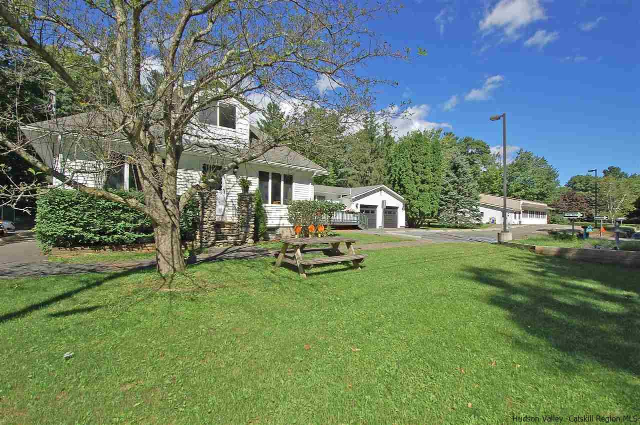 Single Family Home for Sale at 268 W Saugerties Road Road 268 W Saugerties Road Road Saugerties, New York 12477 United States