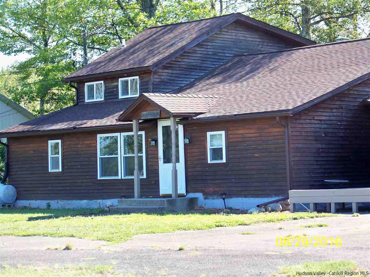 Single Family Home for Sale at 115 Decker Road 115 Decker Road Kerhonkson, New York 12446 United States