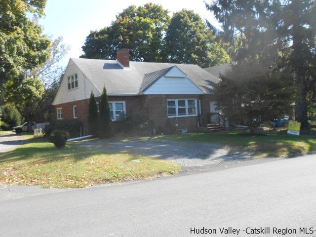26 North Road, Highland, NY 12528
