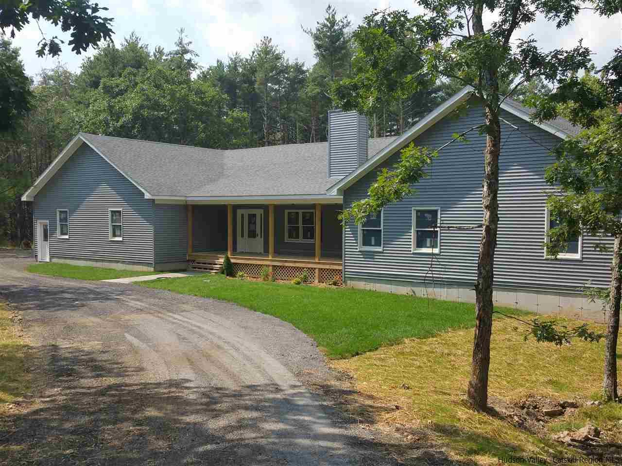 Single Family Home for Sale at 9 Darlene's Way Road 9 Darlene's Way Road Saugerties, New York 12477 United States