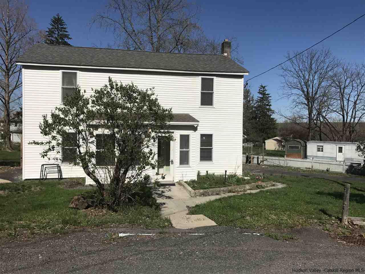 7 Washington St., Smiths Landing, NY 12414