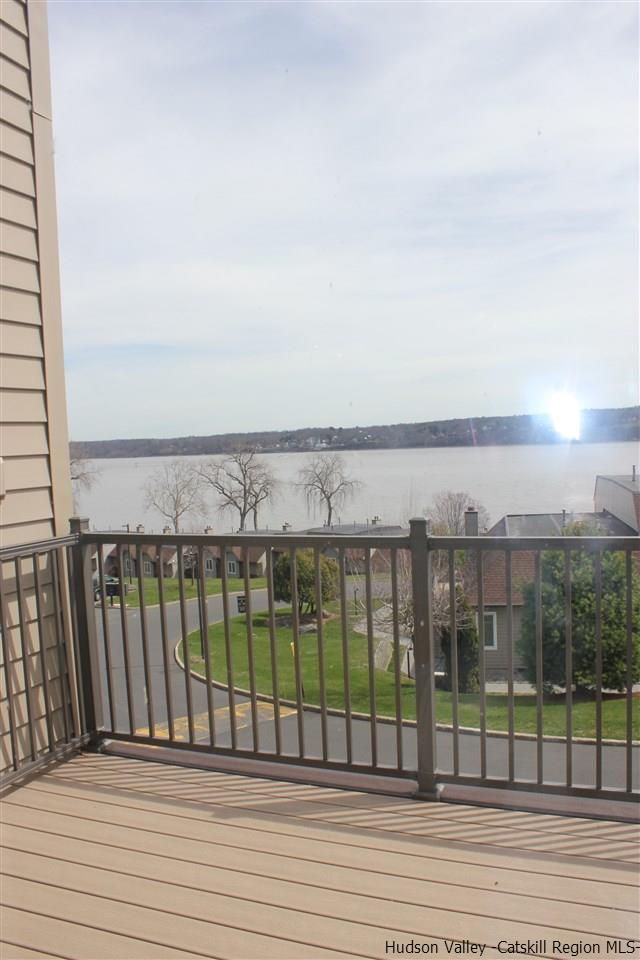 51 Riverview, Port Ewen, NY 12446