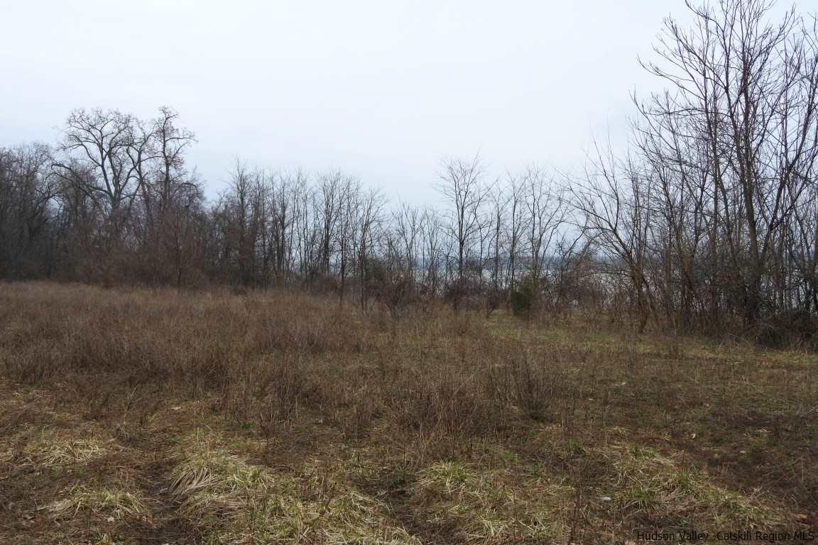 Additional photo for property listing at Hudson River Drive Hudson River Drive Saugerties, New York 12477 United States