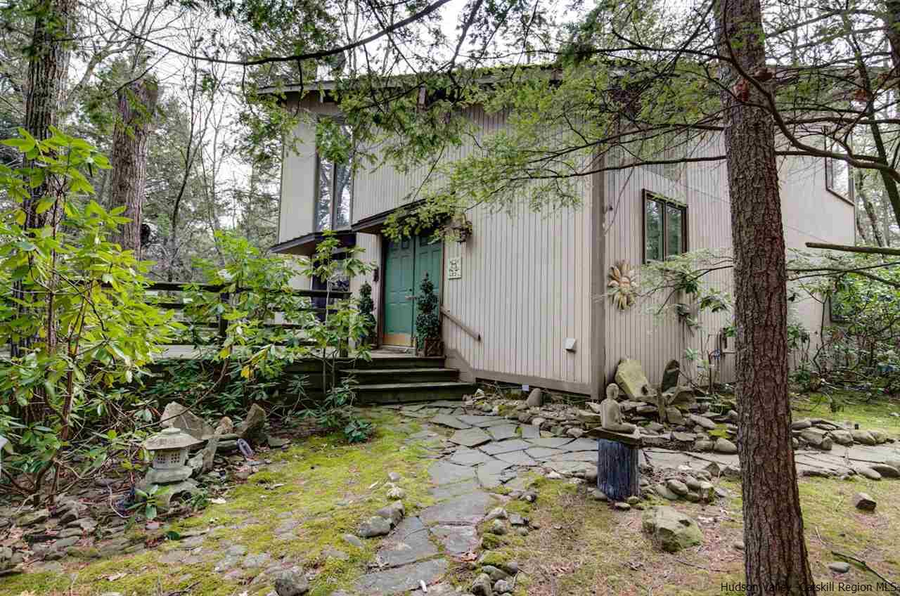 Single Family Home for Sale at 189 Stone Road 189 Stone Road Hurley, New York 12443 United States