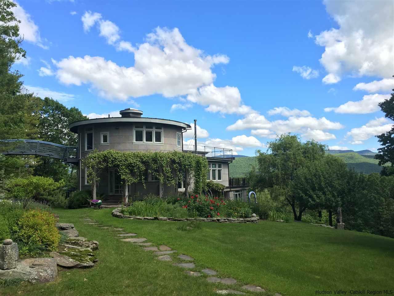 35 Nordic Drive, Woodstock, NY 12498