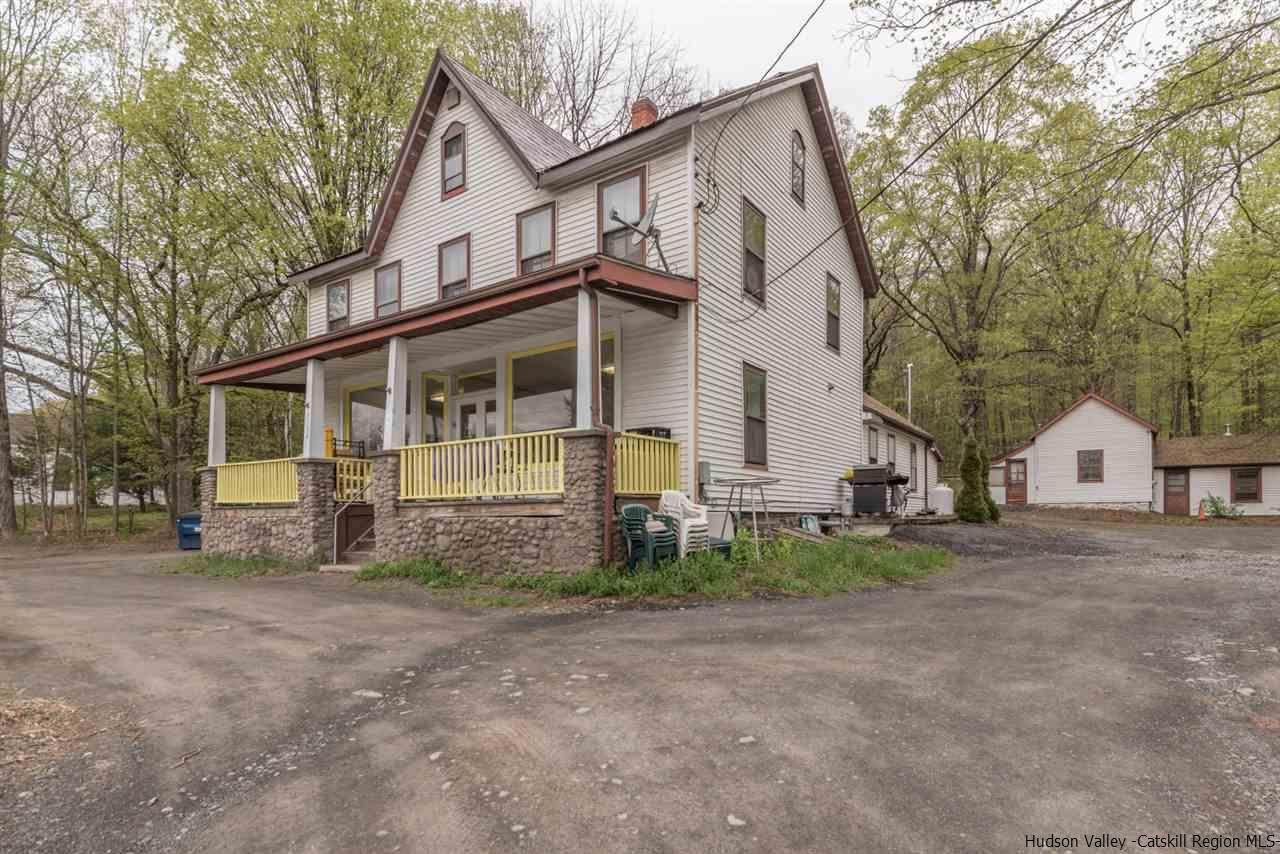 Single Family Home for Sale at 3182 Route 28 3182 Route 28 Shokan, New York 12481 United States