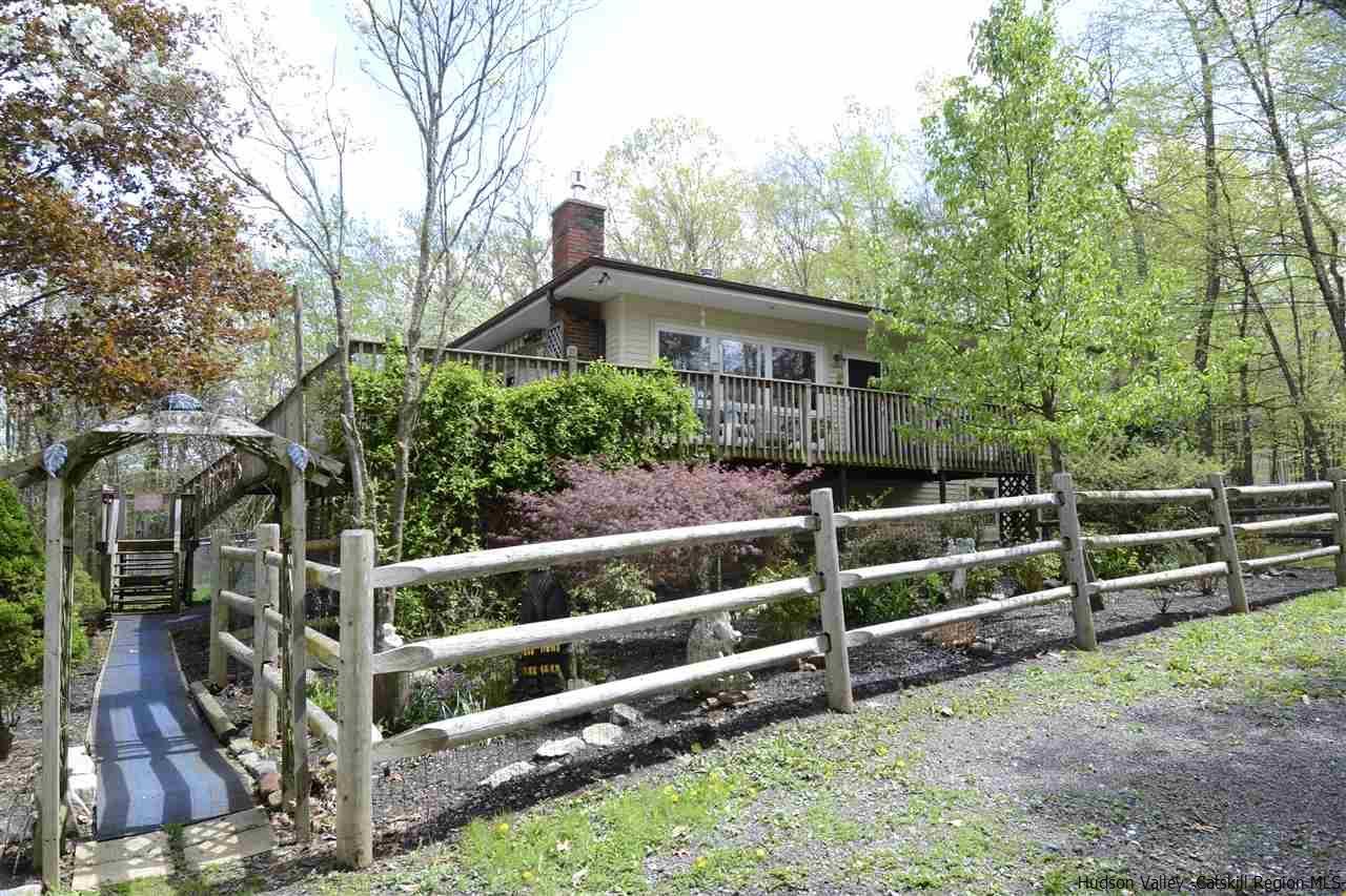 73 Red Barn Road, Pine Bush, NY 12566