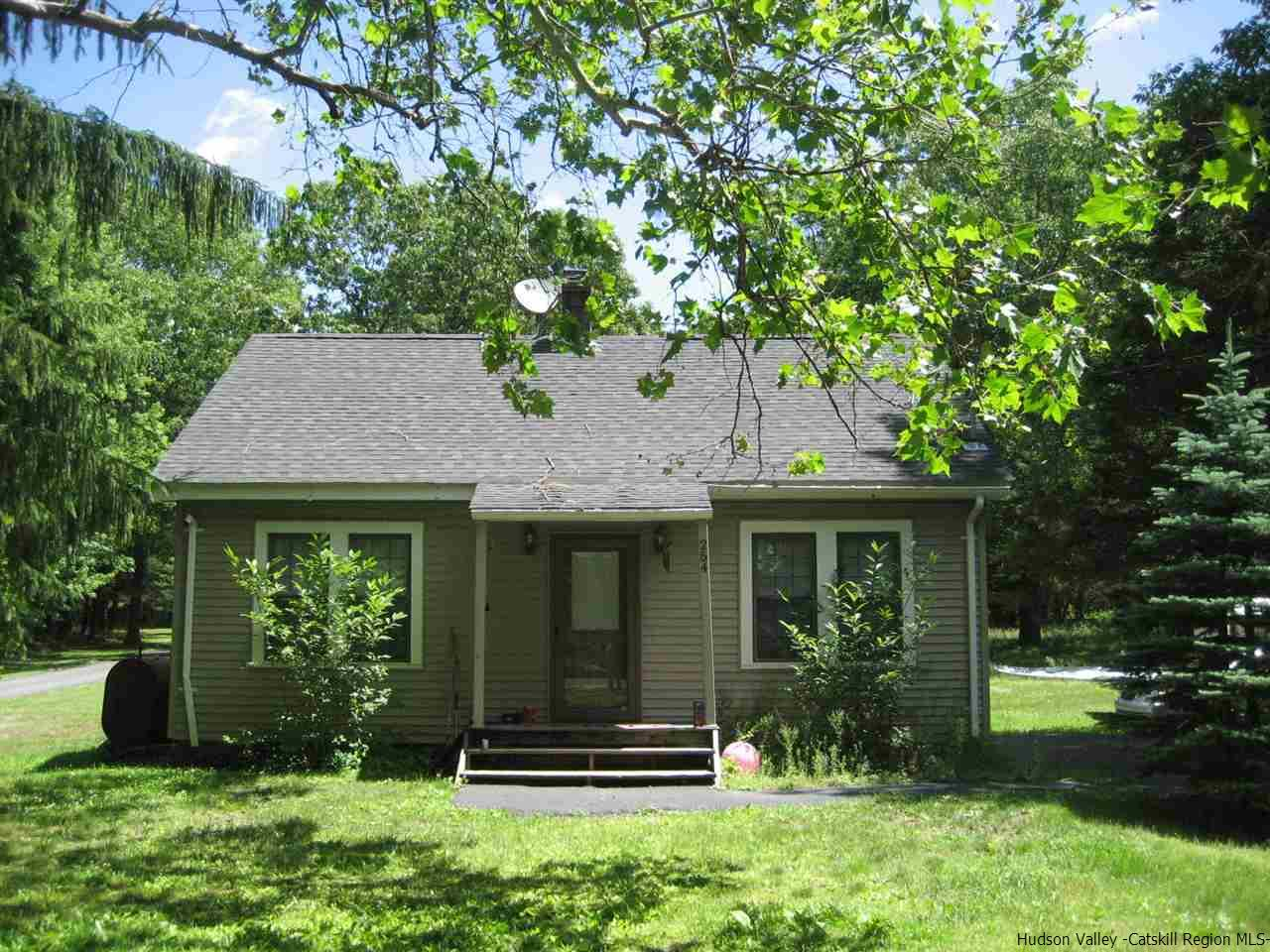 Single Family Home for Sale at 254 Continental Road 254 Continental Road Napanoch, New York 12428 United States