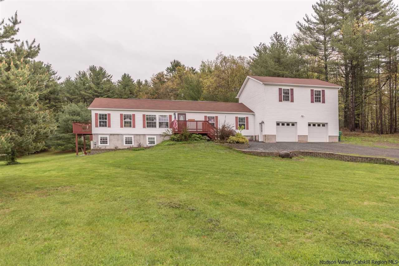 Single Family Home for Sale at 216 Van Tyne Road 216 Van Tyne Road Accord, New York 12404 United States