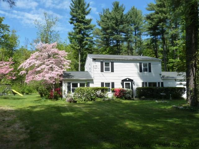 31 Brittany Drive, West Hurley, NY 12491