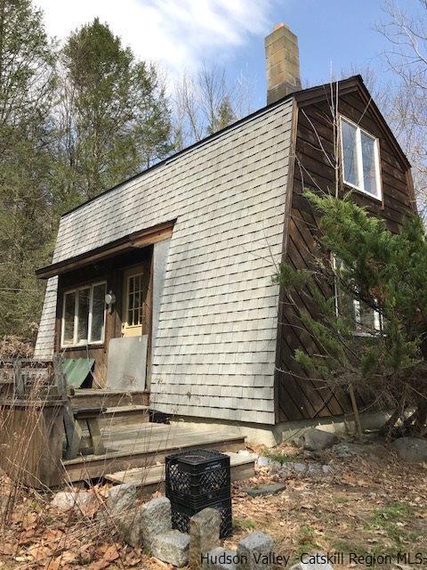 1170 Mountaindale, Spring Glen, NY 12483