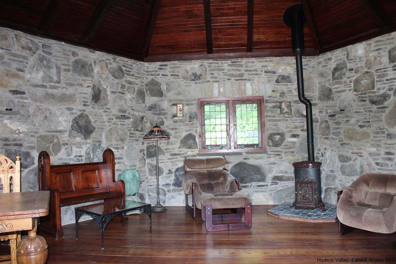 Additional photo for property listing at 414 - 416 Painter Hill Road 414 - 416 Painter Hill Road Spring Glen, New York 12483 United States