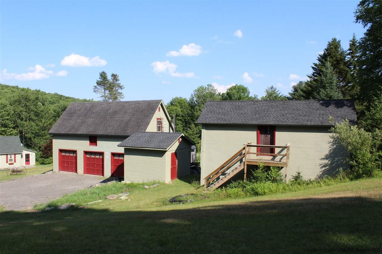 Workshop & Barn