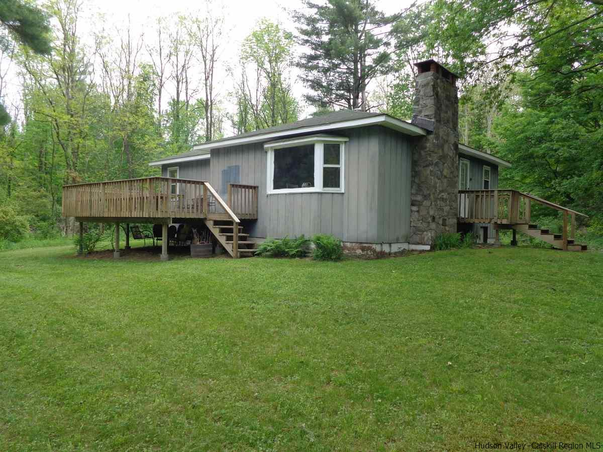Single Family Home for Sale at 464 Plank Road 464 Plank Road Phoenicia, New York 12464 United States