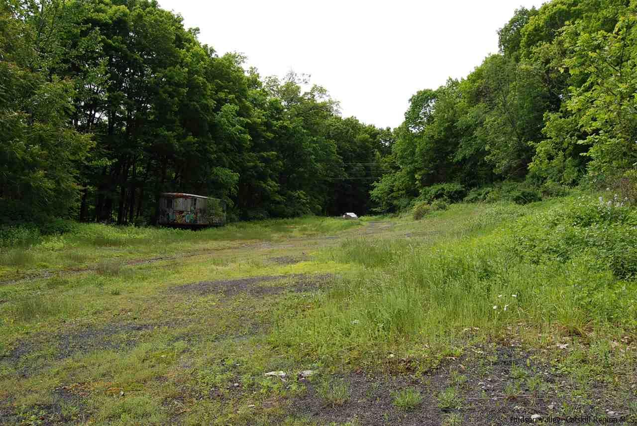 Additional photo for property listing at TBD Van Kleeck Heights TBD Van Kleeck Heights Stone Ridge, New York 12484 United States