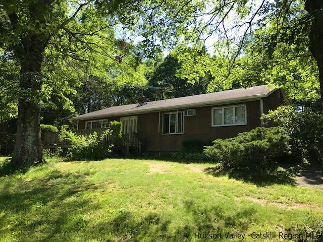 Single Family Home for Sale at 1240 Bruynswick Road 1240 Bruynswick Road Gardiner, New York 12525 United States