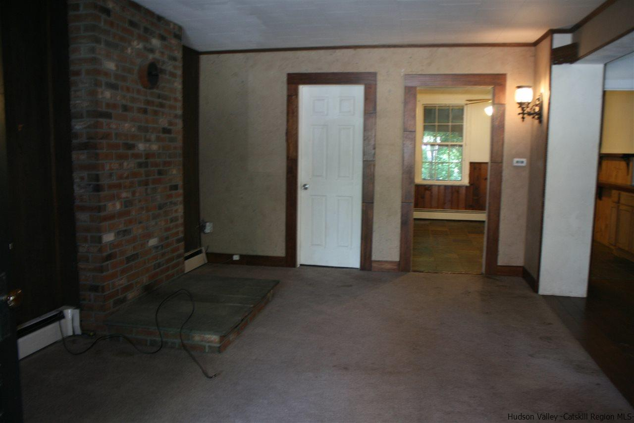 Additional photo for property listing at 210 Partition Street 210 Partition Street Saugerties, New York 12477 United States