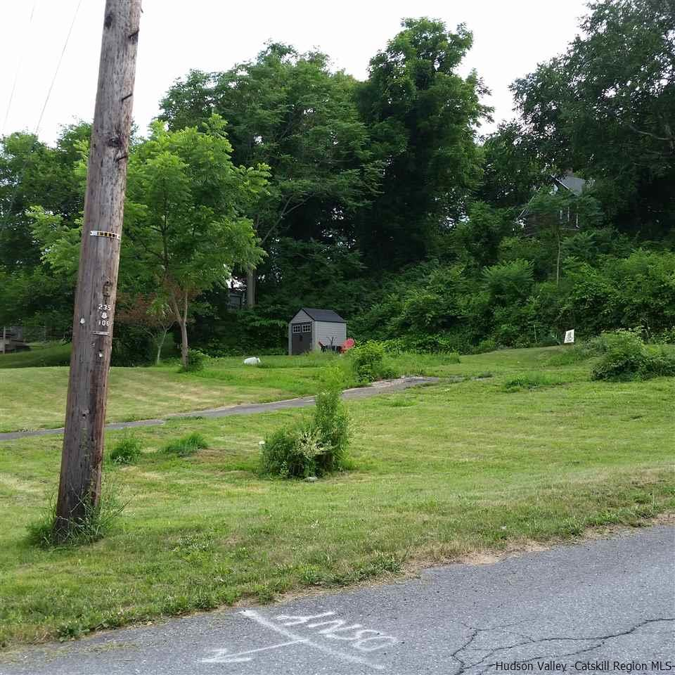 Additional photo for property listing at 115 E Stout Avenue 115 E Stout Avenue Port Ewen, New York 12466 United States