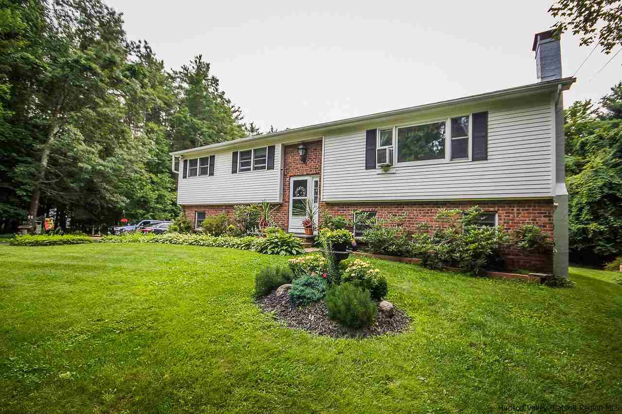 Additional photo for property listing at 93 Brink Drive 93 Brink Drive Saugerties, New York 12477 United States