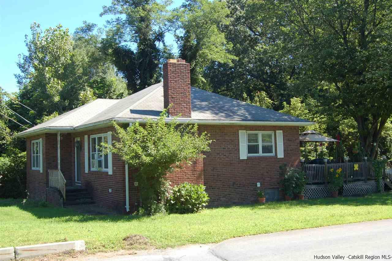 Additional photo for property listing at 3086 Route 9W 3086 Route 9W Saugerties, New York 12477 United States