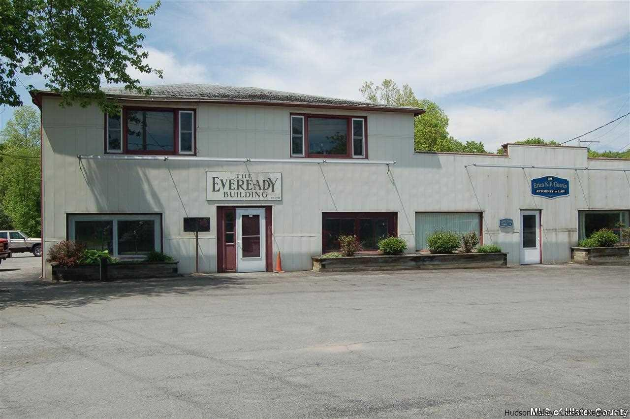 Additional photo for property listing at 858 Route 212 858 Route 212 Saugerties, New York 12477 United States
