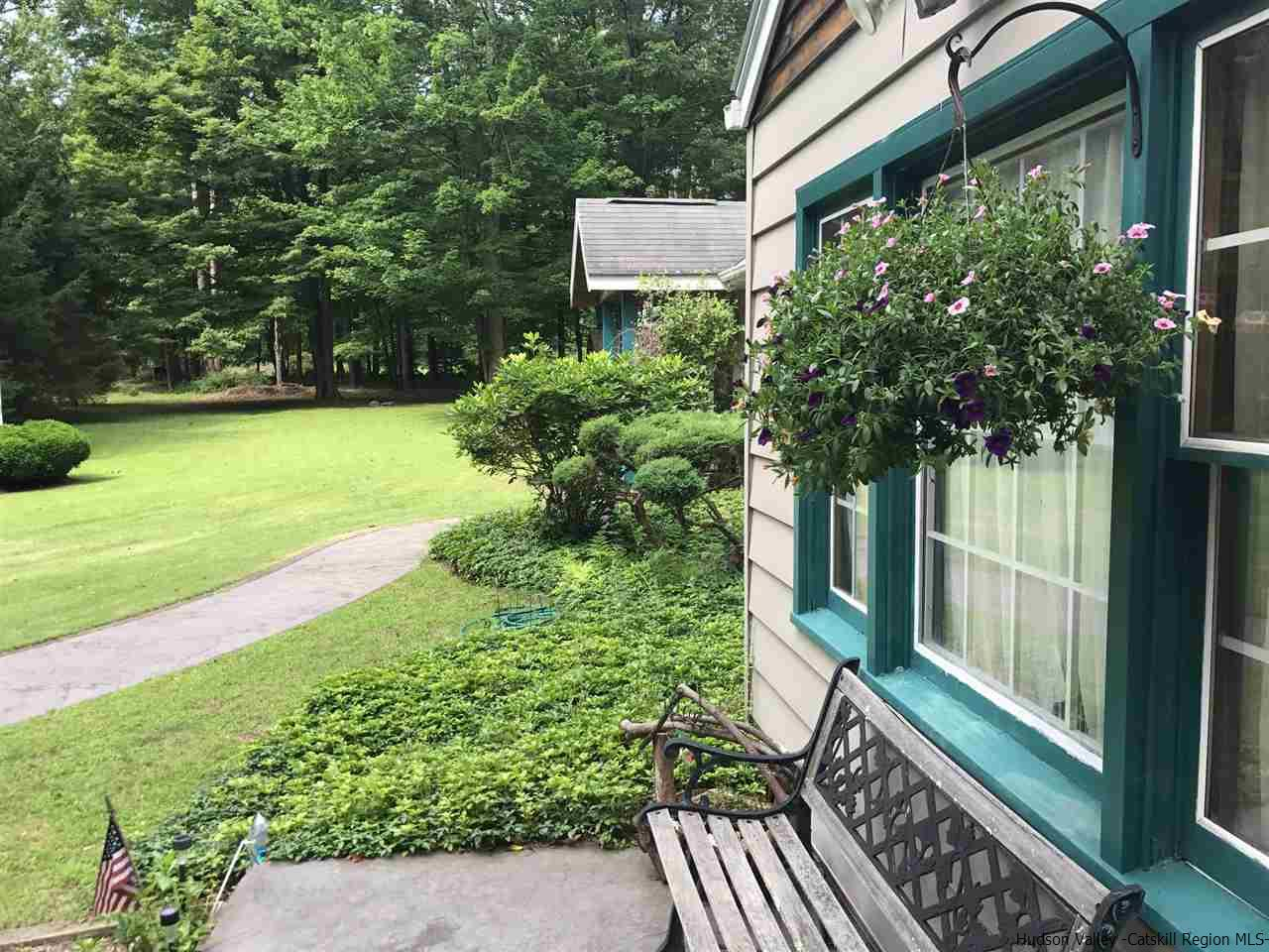 Additional photo for property listing at 60 Bell Lane 60 Bell Lane West Shokan, New York 12494 United States