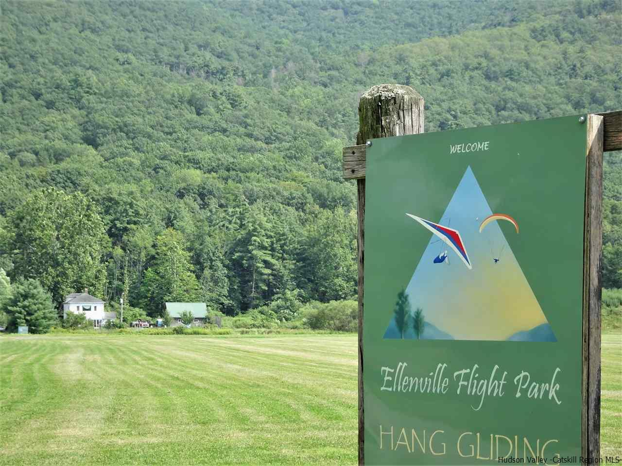 Single Family Home for Sale at 80 Hang Glider Road 80 Hang Glider Road Wawarsing, New York 12428 United States