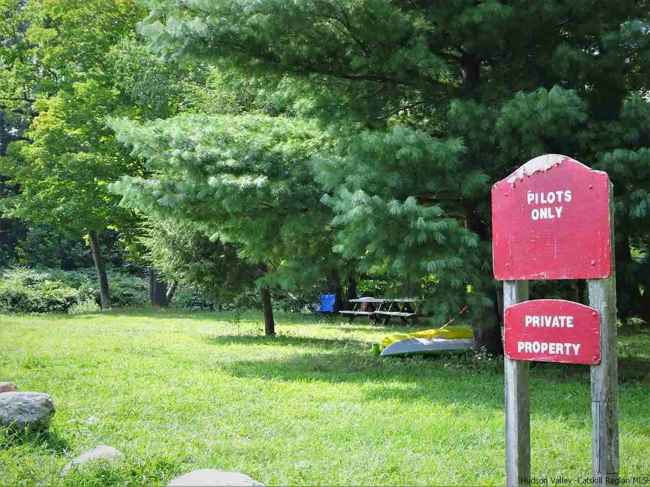 Additional photo for property listing at 80 Hang Glider Road 80 Hang Glider Road Wawarsing, New York 12428 United States