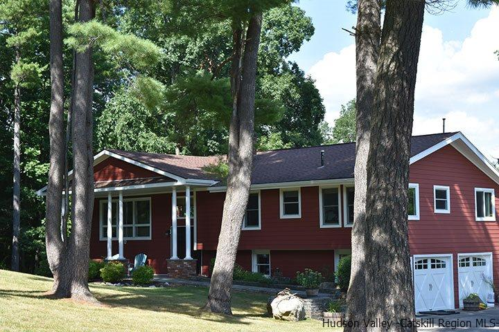 Single Family Home for Sale at 242 Milan Hollow Road 242 Milan Hollow Road Rhinebeck, New York 12572 United States