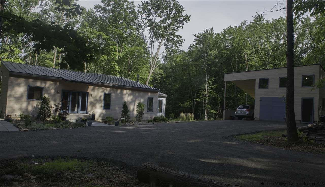 Additional photo for property listing at 205 Vly Atwood Road 205 Vly Atwood Road Stone Ridge, New York 12484 United States