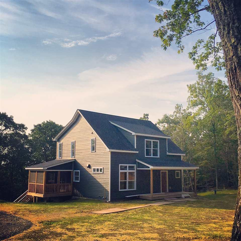 Single Family Home for Sale at 344 W Saugerties Road 344 W Saugerties Road Woodstock, New York 12498 United States
