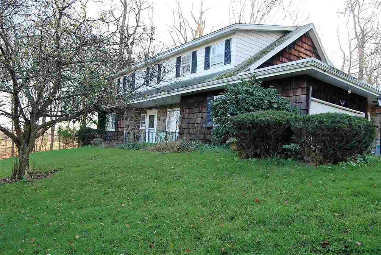 Single Family Home for Sale at 326 Union Center Road 326 Union Center Road Ulster Park, New York 12487 United States