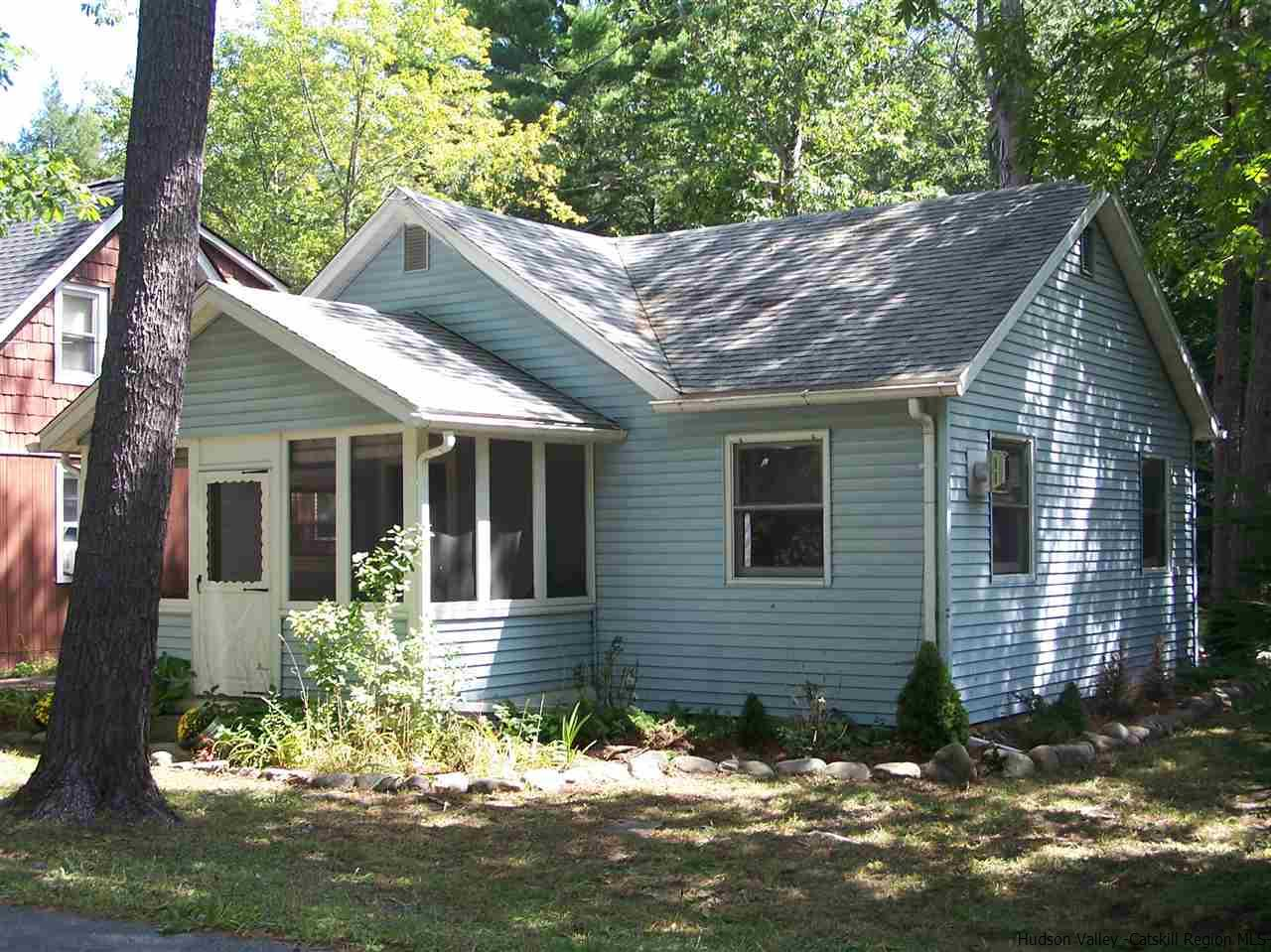 Single Family Home for Sale at 424 BAND CAMP ROAD 424 BAND CAMP ROAD Saugerties, New York 12477 United States