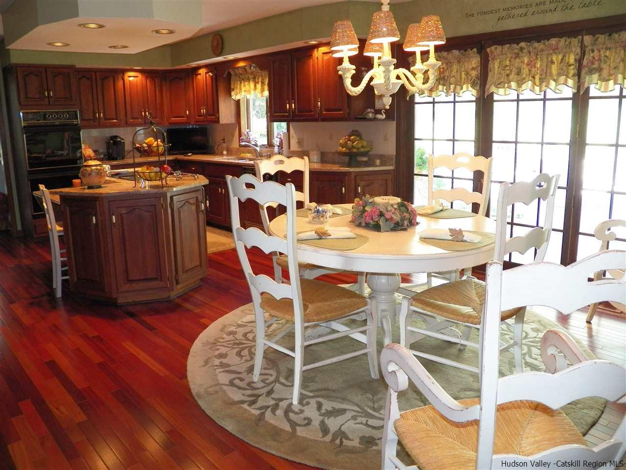 Additional photo for property listing at 7 Bray Farm Lane 7 Bray Farm Lane Wappingers Falls, New York 12590 United States