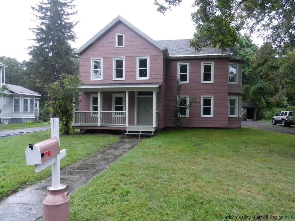 Single Family Home for Sale at 792 Springtown Road 792 Springtown Road Tillson, New York 12486 United States
