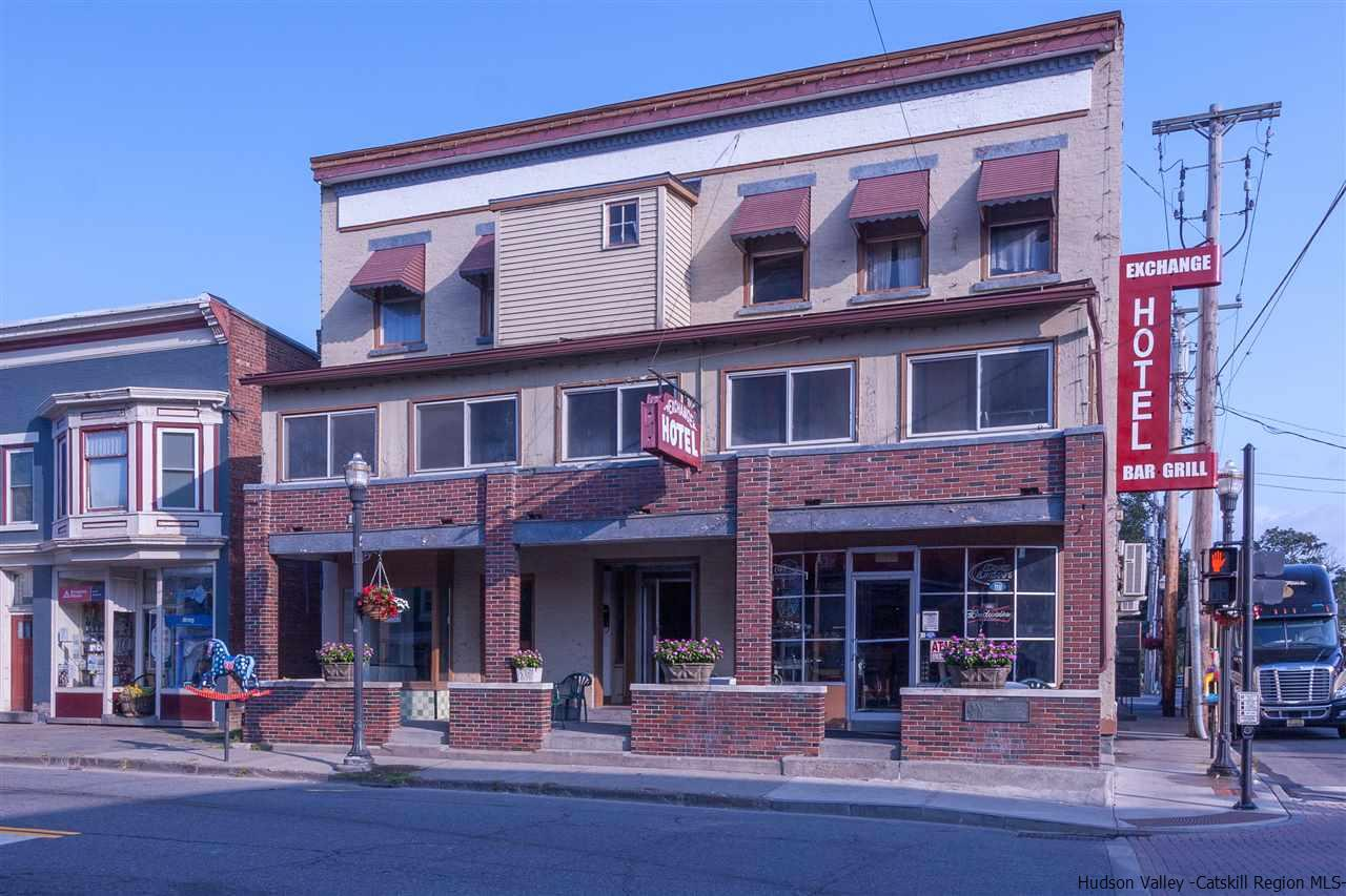 Hotel / Motel for Sale at 217 Main Street 217 Main Street Saugerties, New York 12447 United States