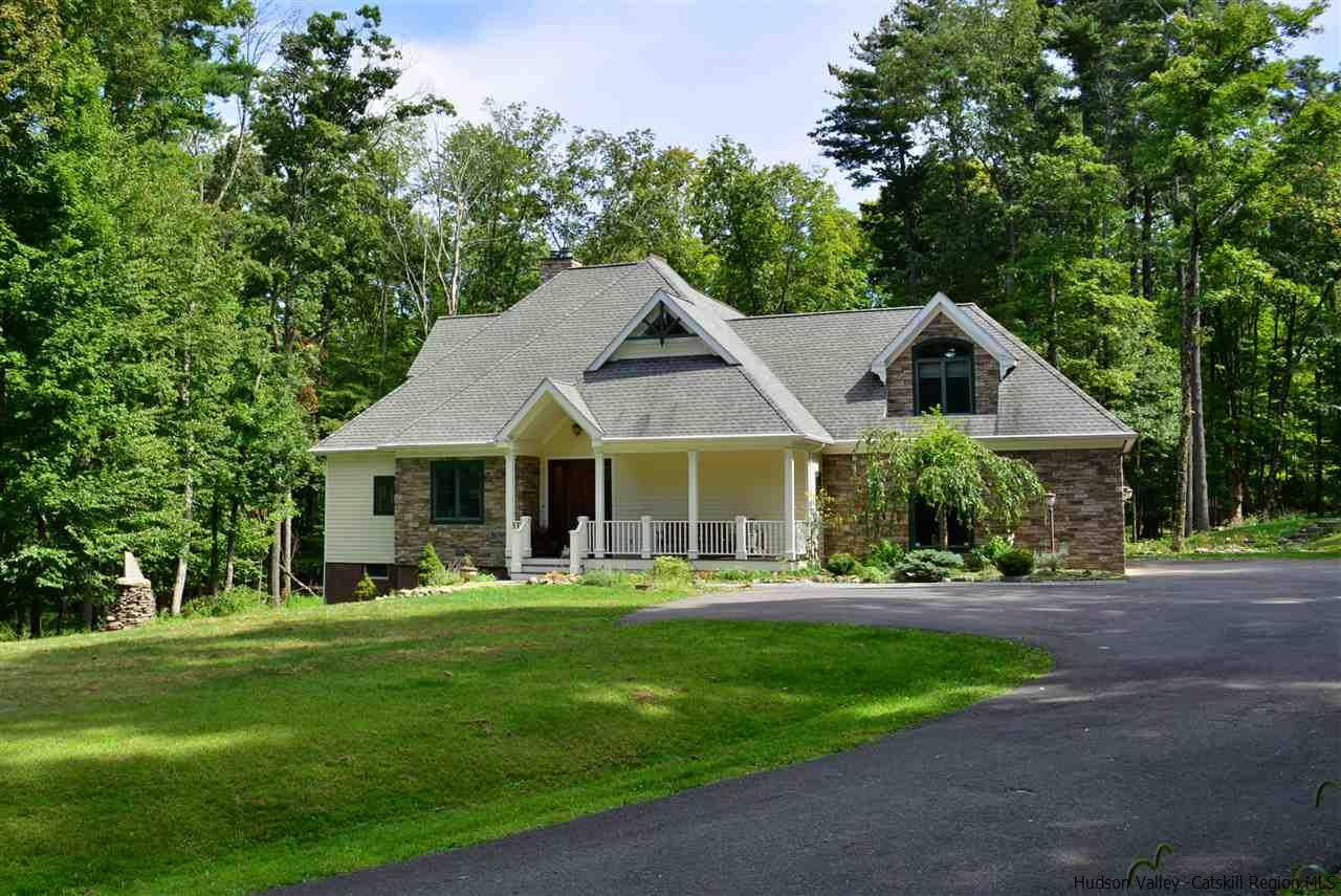 Single Family Home for Sale at 4651 Atwood Road 4651 Atwood Road Stone Ridge, New York 12484 United States