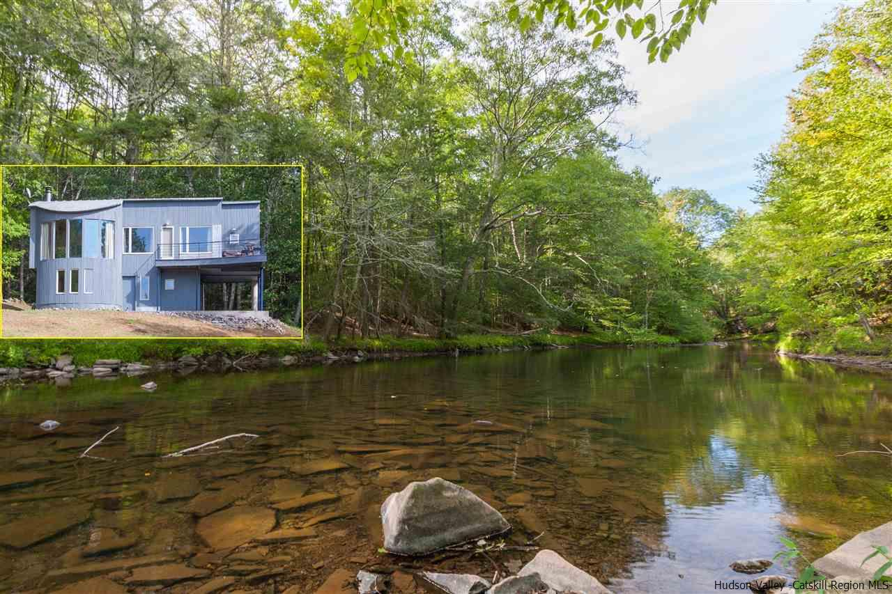 Single Family Home for Sale at 169 Old Powder Mill Road 169 Old Powder Mill Road Saugerties, New York 12477 United States