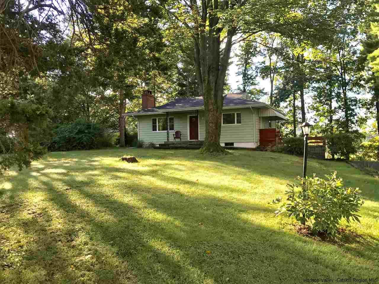 Single Family Home for Sale at 10 Center Lane 10 Center Lane Boiceville, New York 12412 United States