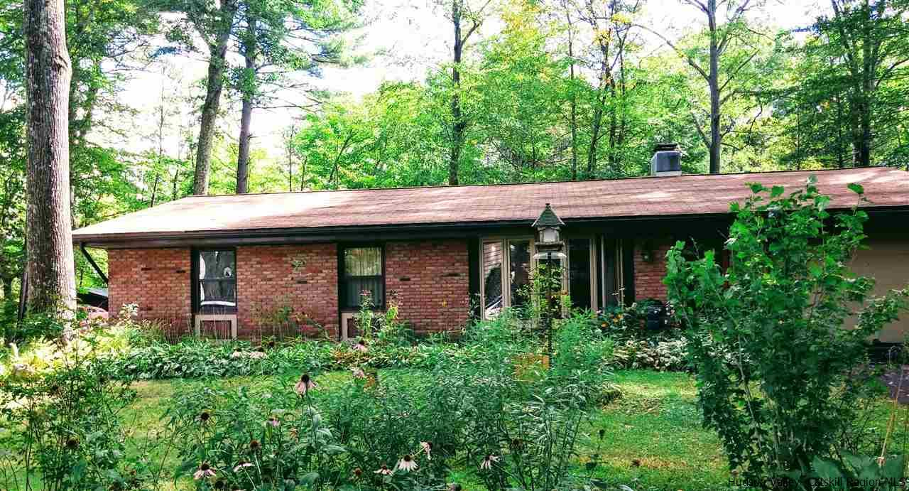 Single Family Home for Sale at 15 Streamside Terrace 15 Streamside Terrace Woodstock, New York 12498 United States