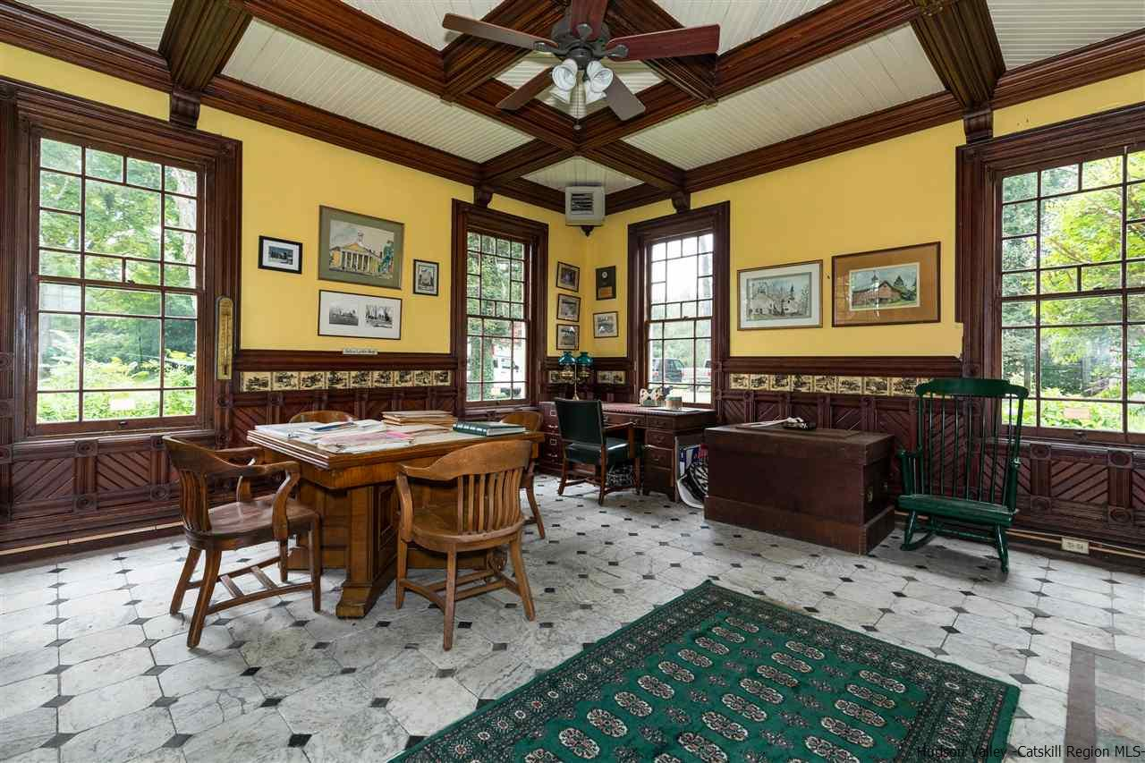 Additional photo for property listing at 323 Borden Road 323 Borden Road Wallkill, New York 12589 United States