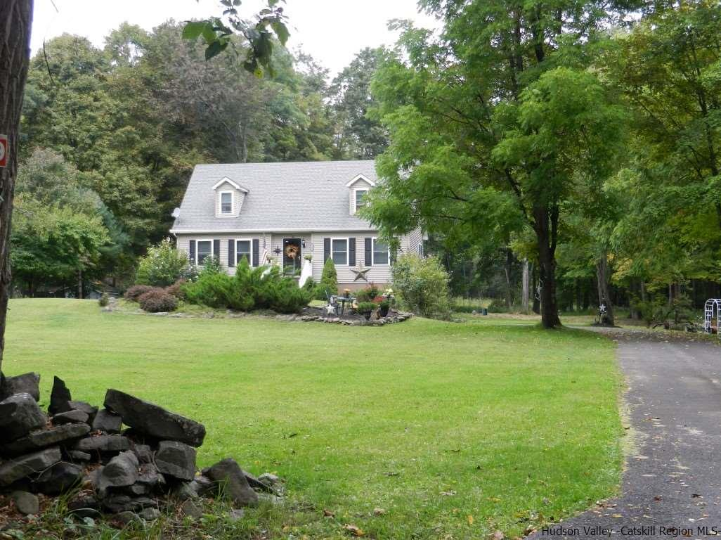 Single Family Home for Sale at 549 Swarte Kill Road 549 Swarte Kill Road New Paltz, New York 12561 United States