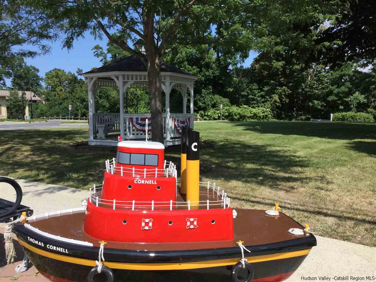 Port Ewen welcomes driving in on Rt 9W ~ Charming Bandstand , Shops, Historic buildings & Waterfront