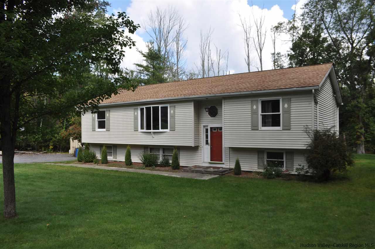 Additional photo for property listing at 888 Samsonville Road 888 Samsonville Road Kerhonkson, New York 12446 United States