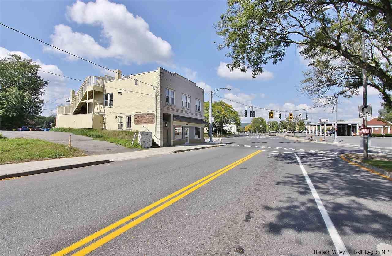 Additional photo for property listing at 389 Washington Avenue 389 Washington Avenue Kingston, New York 12401 United States