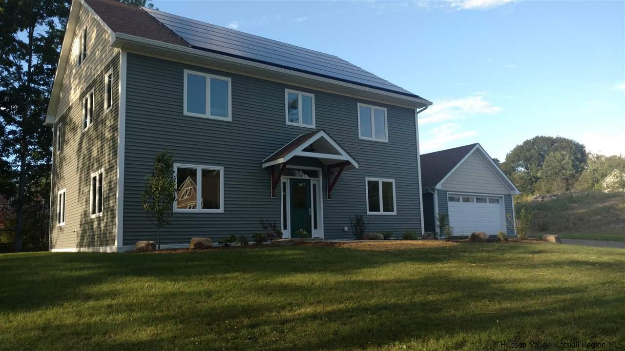 Single Family Home for Sale at 10 Taylor Street 10 Taylor Street New Paltz, New York 12561 United States